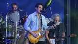 John Mayer pays emotional tribute to Glen Campbell at Nashville gig