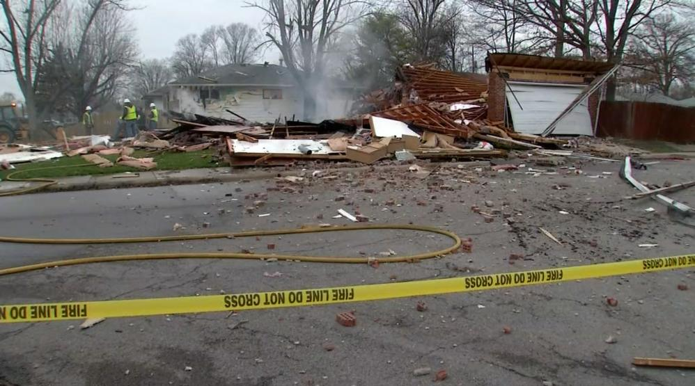 Suspected gas explosion levels south columbus home one for Raw sewage under house