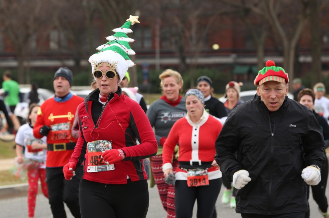 Jingle All the Way 5K{&amp;nbsp;} (Amanda Andrade-Rhoades/DC Refined){&amp;nbsp;}<p></p>