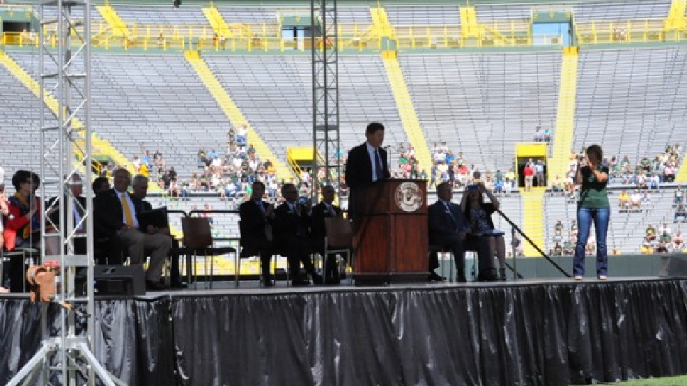 Green Bay Packers President/CEO Mark Murphy gives his annual address to the team's shareholders, July 24, 2013. (WLUK/Bill Miston)
