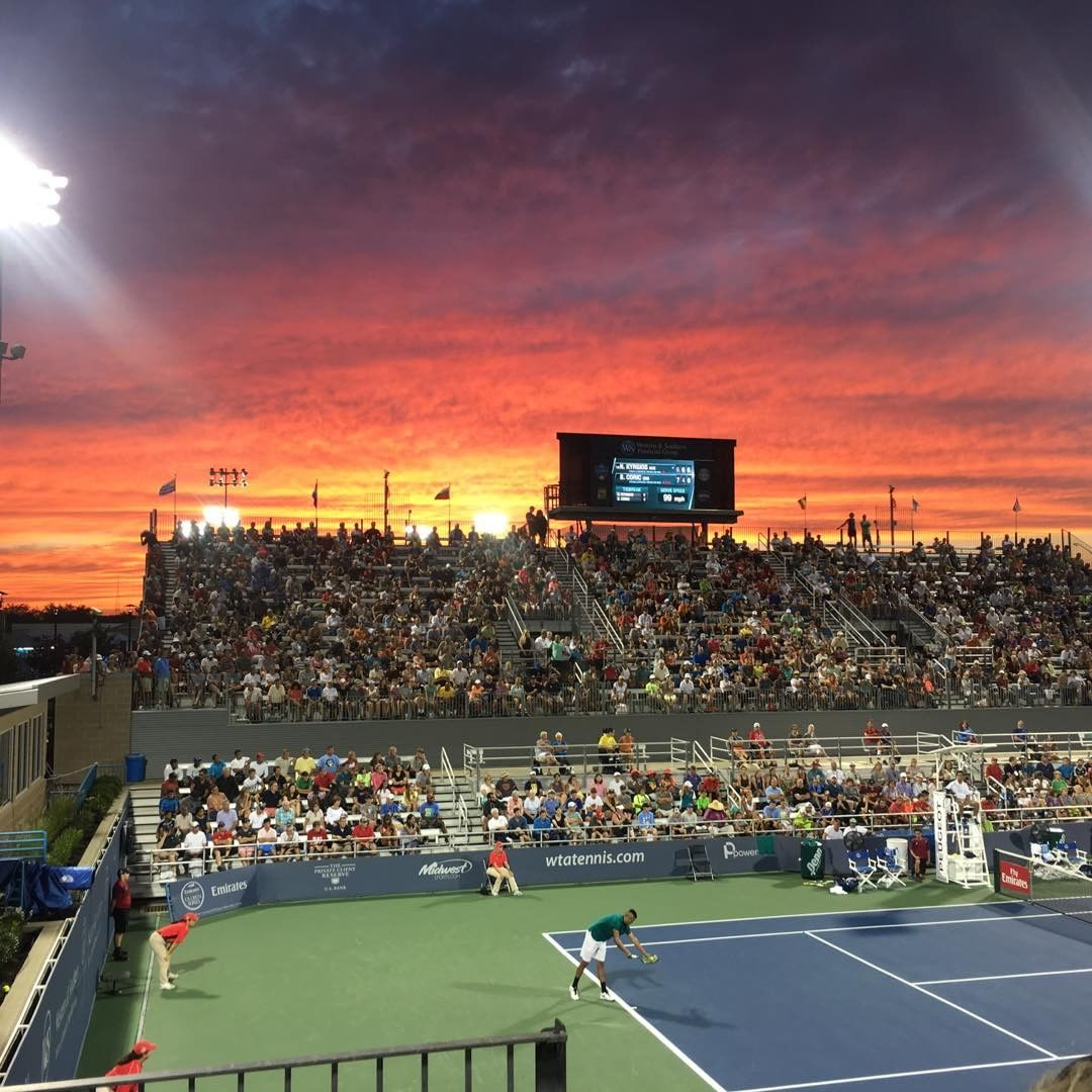 IMAGE: IG user @greatrexpectations / POST: Tennis, anyone? Great match boys! #cincytennis #nofilter