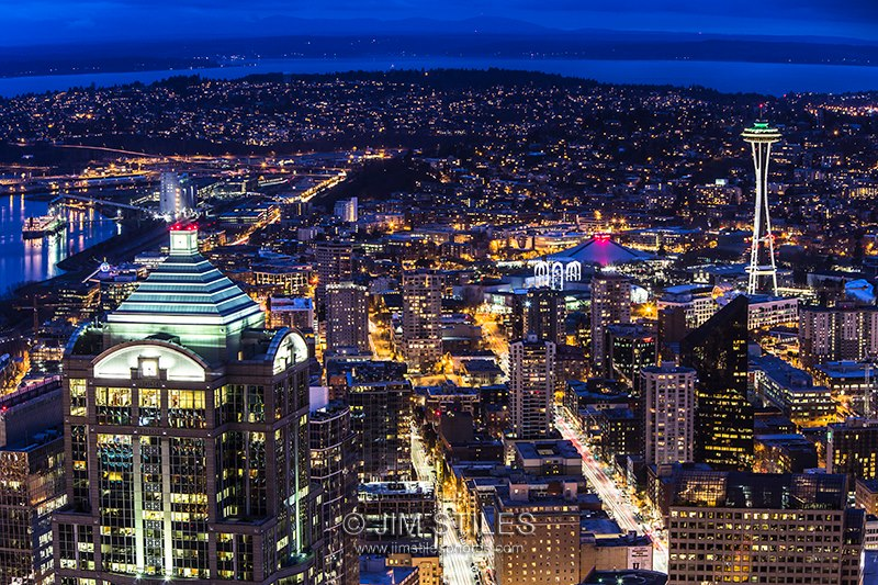 Downtown Seattle from the old Wamu Building to the Space Needle (Photo: Jim Stiles)