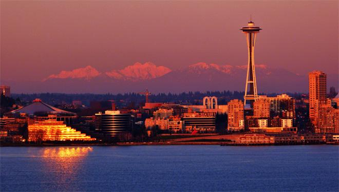 Seattle Sunset -- (Photo: YouNews contributor: troxa41622511086)