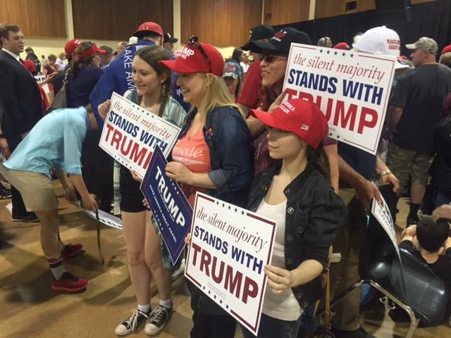 Photos Donald Trump Visits Eugene Oregon Kmtr