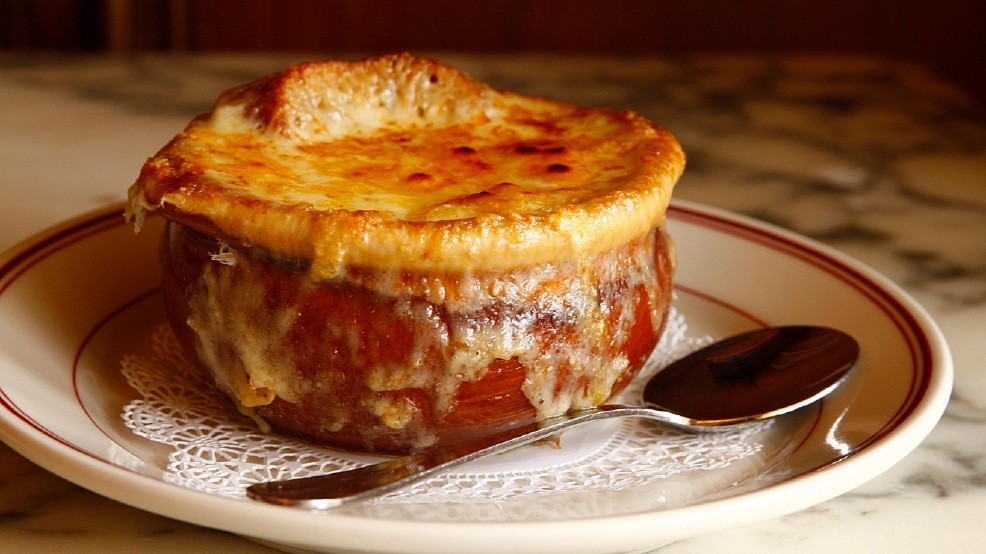 Le Diplomate- French Onion Soup_8590 FINAL Credit Jason Varney (Starr Restaurants's conflicted copy 2015-06-12).jpg