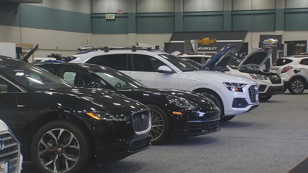 Dayton Auto Show >> Dayton Auto Show Rolls Into Town Wrgt