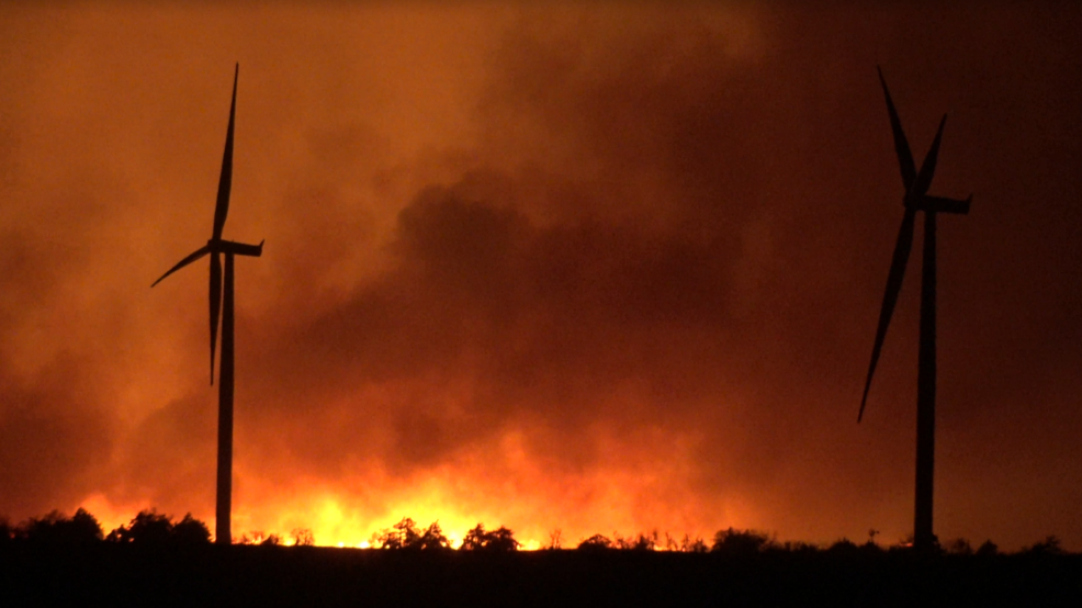 Inside the Storm: Rhea Fire burns out of control throughout the night