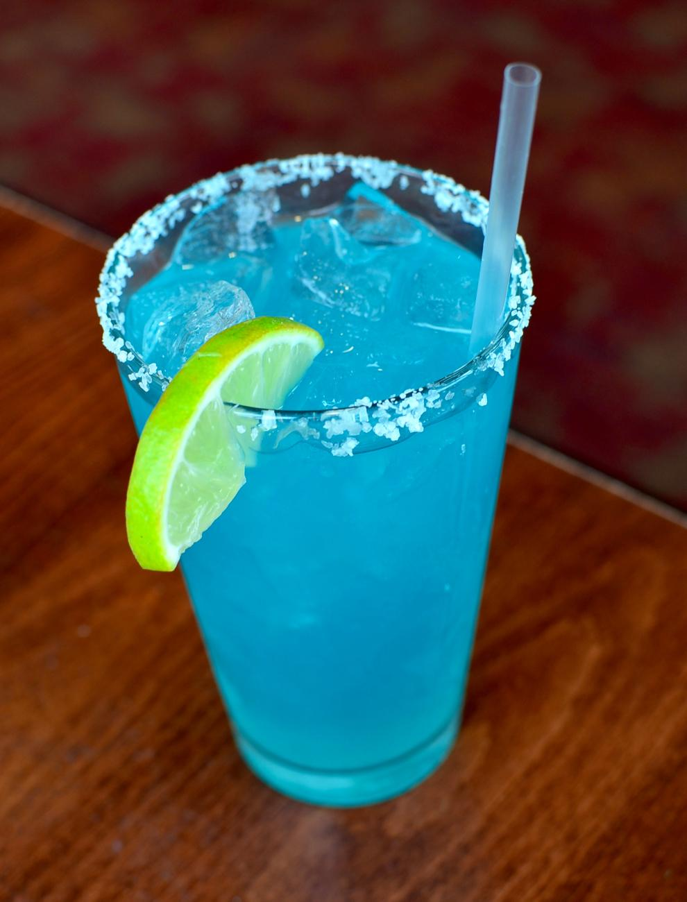Blue Margarita / Image: Leah Zipperstein, Cincinnati Refined // Published: 9.4.17