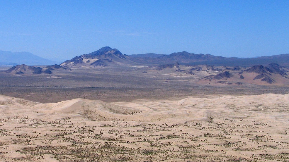1% humidity? Hot wind nearly sucks all the water out of the California desert air