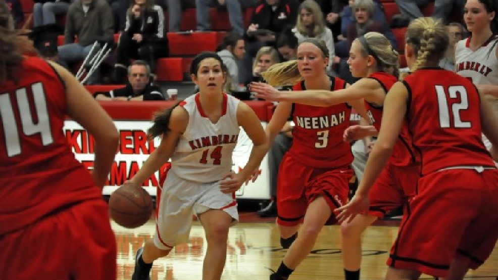 Jenna Smarzinksi and Kimberly are No. 1 in this week's FOX 11 Top 11. (Doug Ritchay/WLUK)