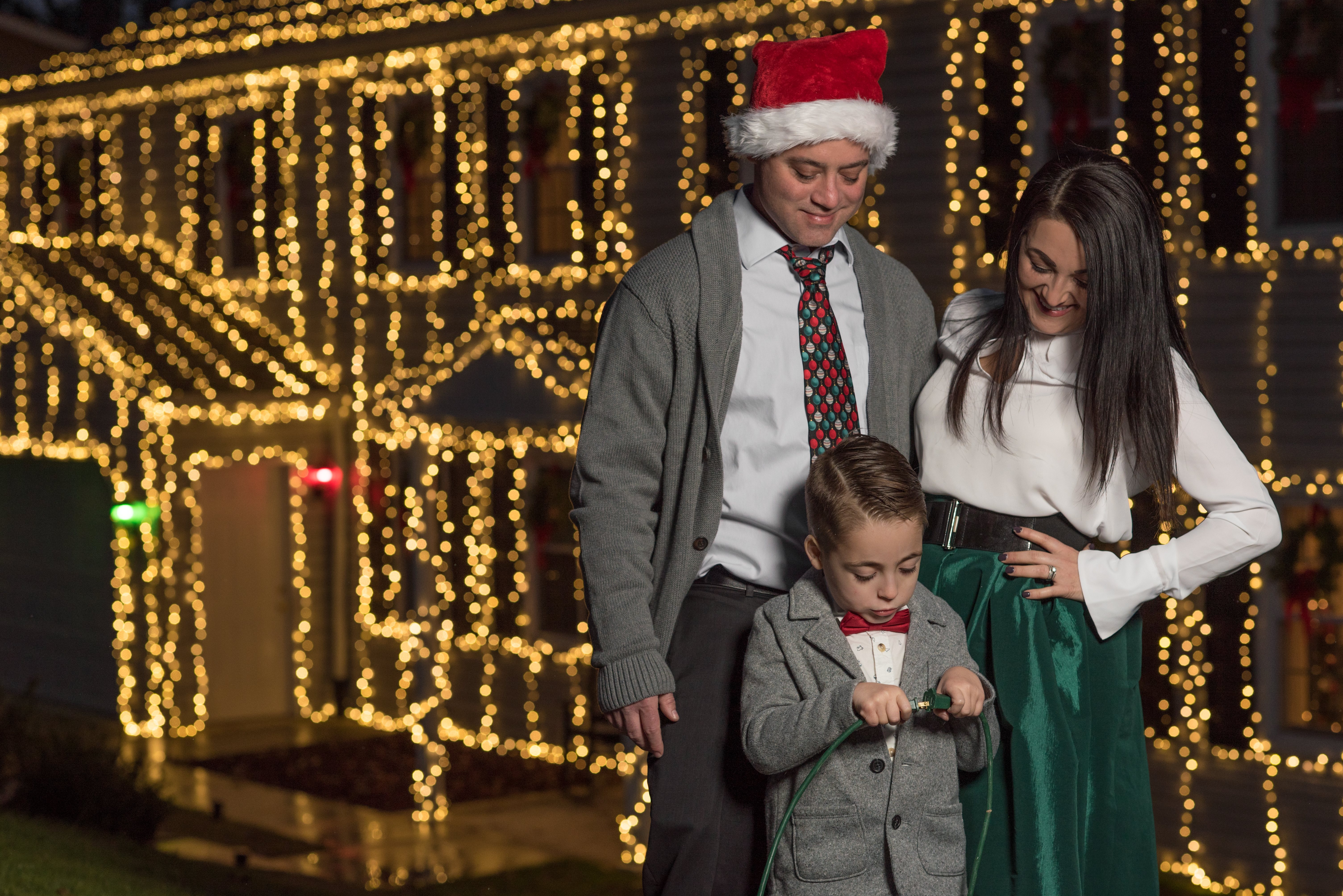 Craig Bowden puts in hours of work each year to bring his family and community a little extra Christmas joy. (Burns Exposures)